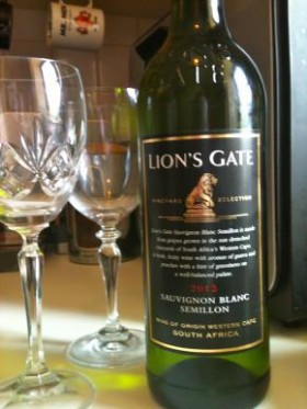 Buget Wine, Lion's Gate Sauvignon Blanc Semillion